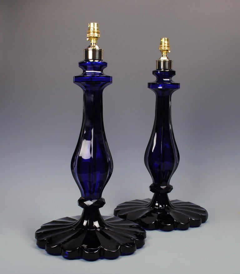 Indian Pair of 20th Century Blue Glass Table Lamps For Sale