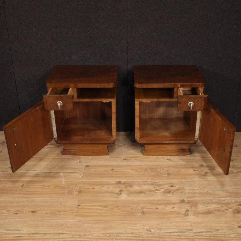 Pair of 20th Century Burl and Walnut Wood Italian Bedside Tables, 1950 For Sale 2
