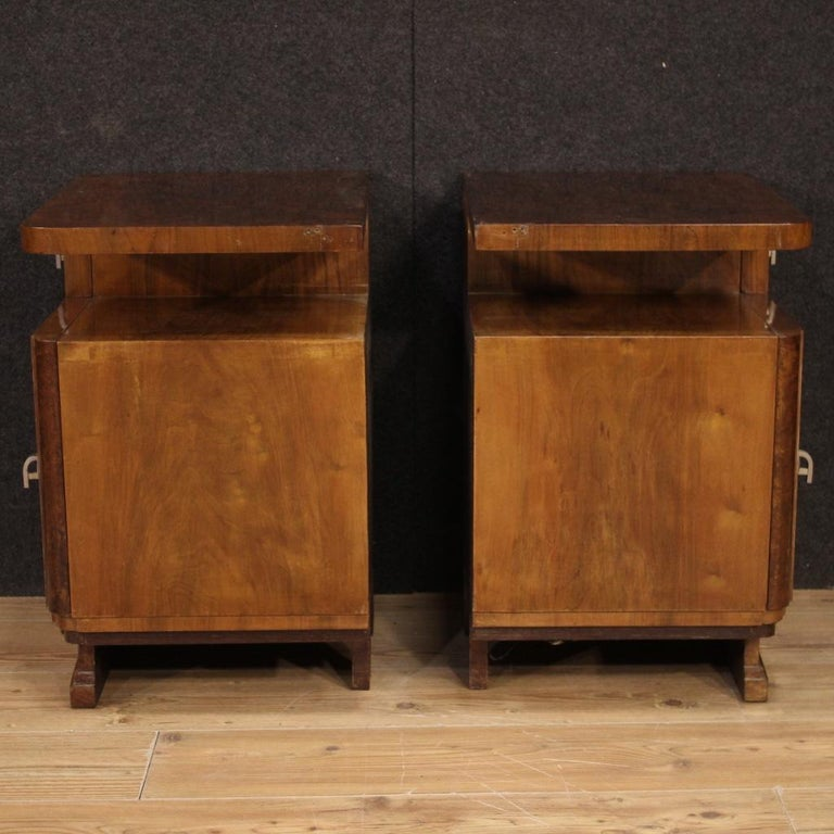 Pair of 20th Century Burl and Walnut Wood Italian Bedside Tables, 1950 For Sale 6