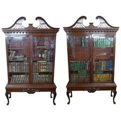 Ein Paar Bücherregale, 20. Jahrhundert, Chippendale Stil