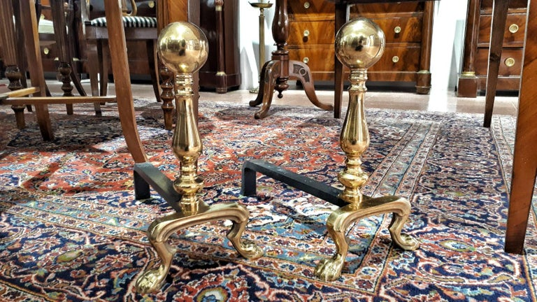 Pair of Early 20th Century Empire Polished Brass and Iron Andirons  In Good Condition For Sale In Toledo, Castilla La Mancha