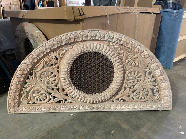 Pair of 20th Century Indian Carved and Painted Architectural Transoms For Sale 2