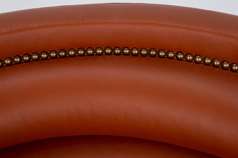 Pair of 20th Century Italian Barrel Back Chairs in Cognac Leather For Sale 7