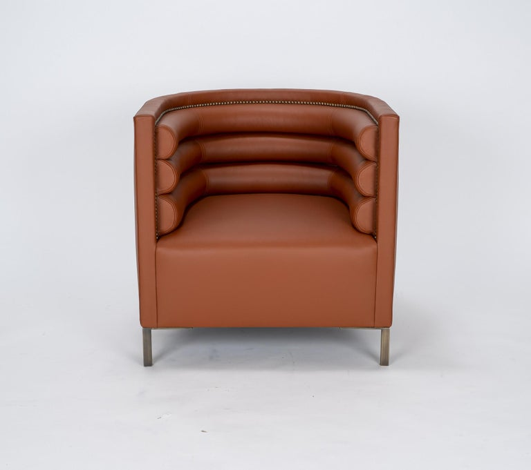 Modern Pair of 20th Century Italian Barrel Back Chairs in Cognac Leather For Sale