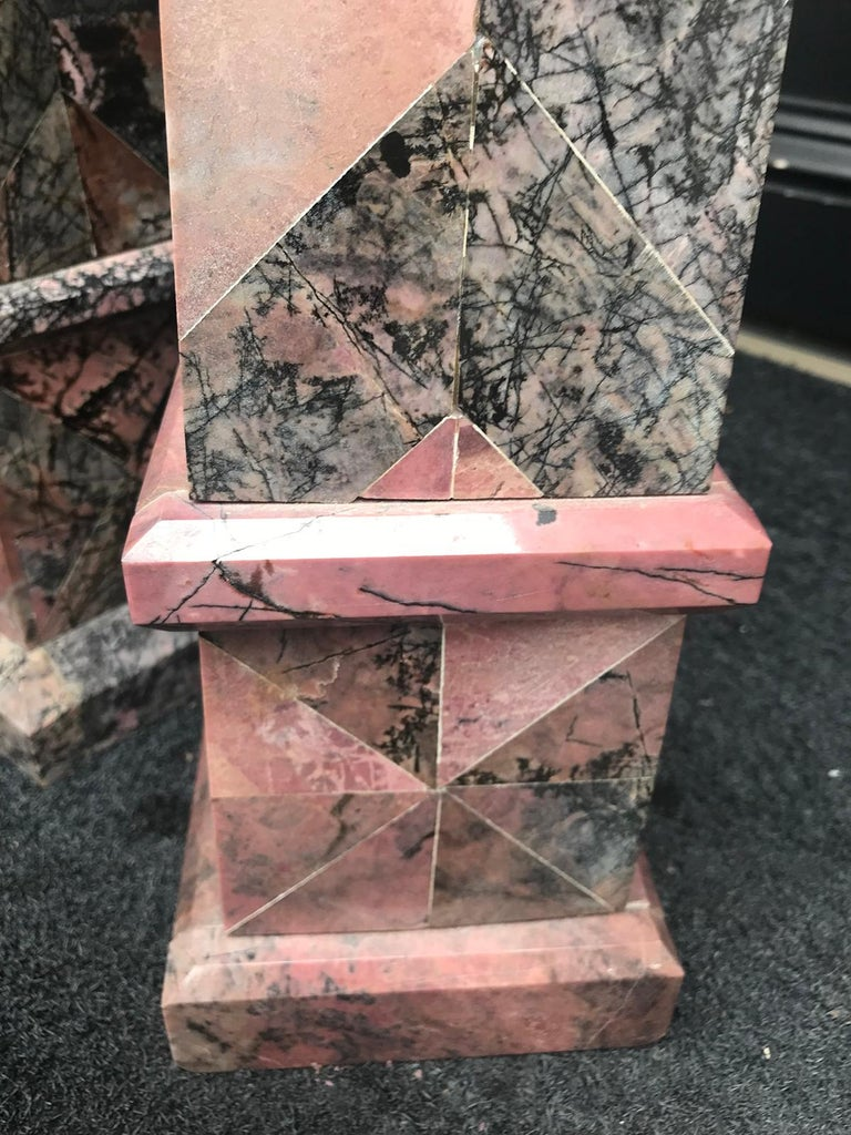 Pair of 20th Century Italian Large Pink Marble Obelisks For Sale 7