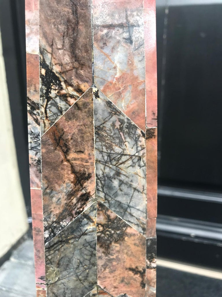 Pair of 20th Century Italian Large Pink Marble Obelisks For Sale 9