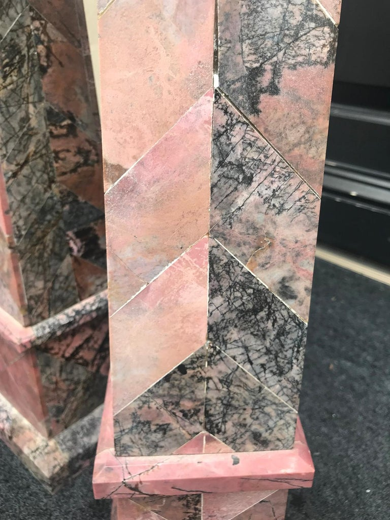 Pair of 20th Century Italian Large Pink Marble Obelisks For Sale 6