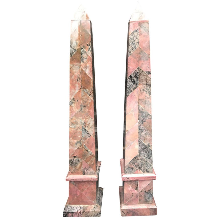 Pair of 20th Century Italian Large Pink Marble Obelisks For Sale