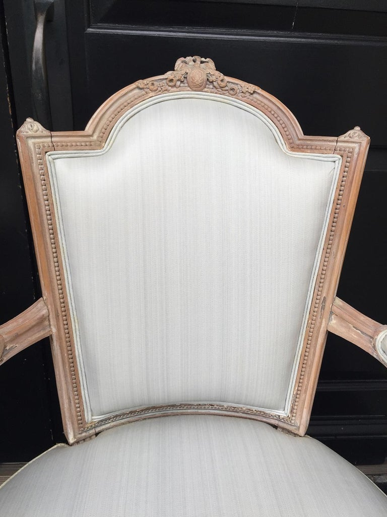 Pair of 20th Century Neoclassical Louis XVI Style Open Armchairs In Good Condition For Sale In Atlanta, GA