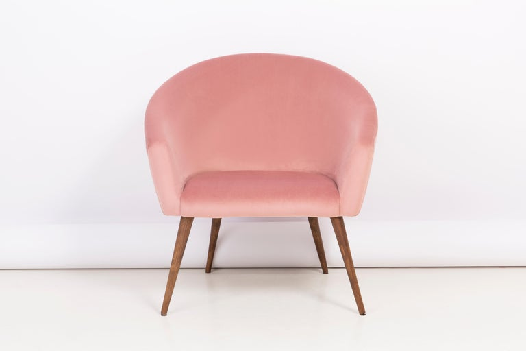 Pair of 20th Century Pink Velvet Shell Club Armchairs, 1960s For Sale 5