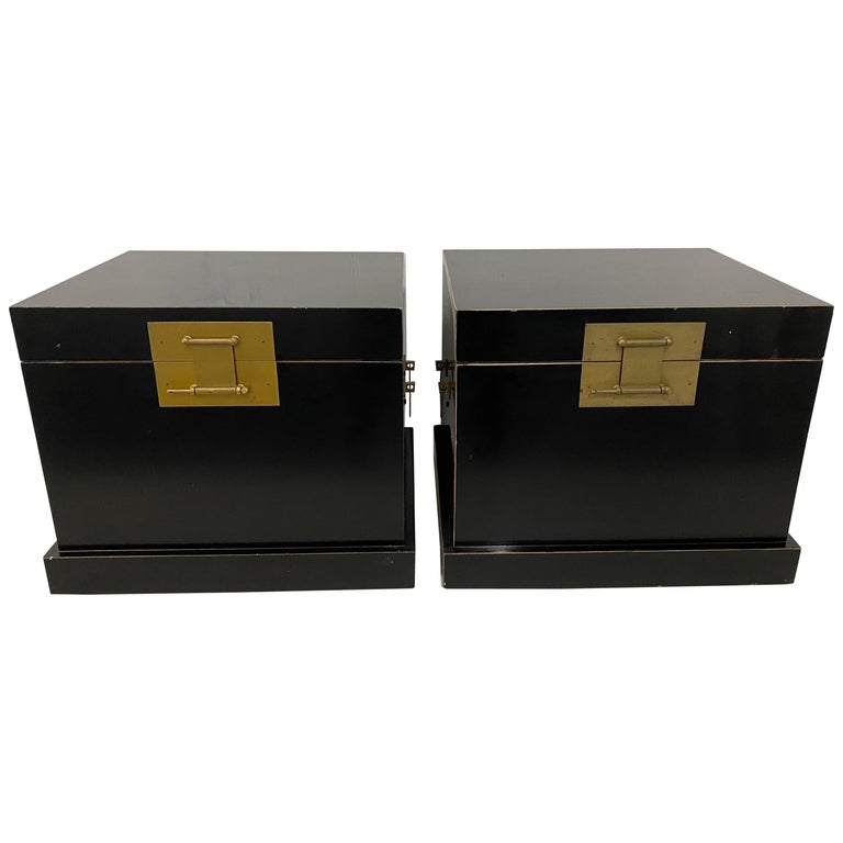 Pair of 20th Century Traditional Vintage Chinese Black Lacquer Wedding Chests For Sale