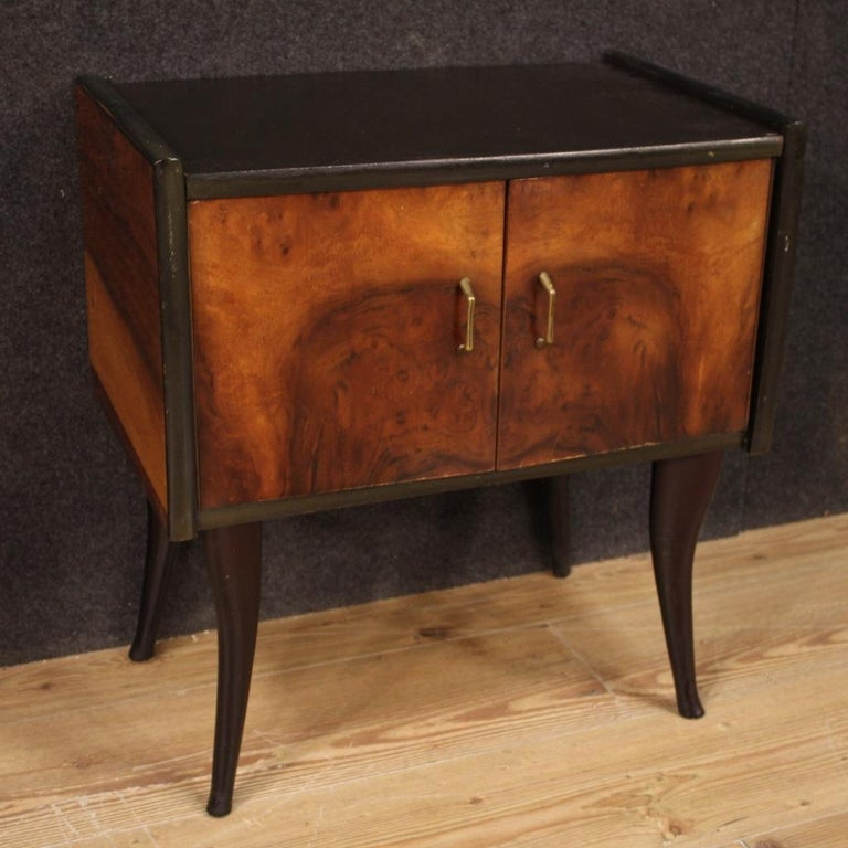 Pair of 20th Century Walnut and Ebonized Wood Italian Design Night Stands, 1960 For Sale 5