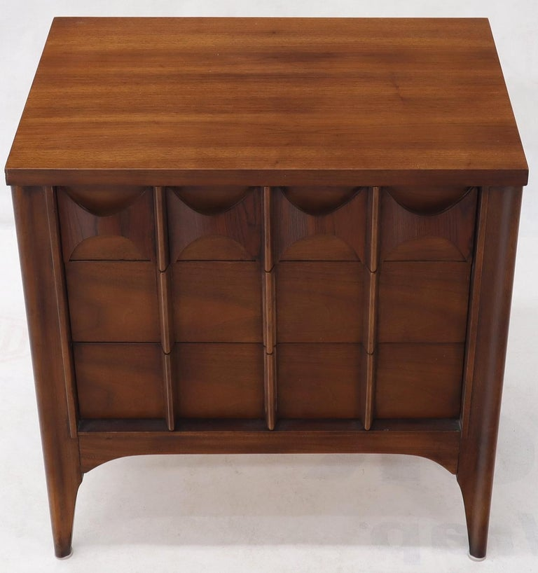 Lacquered Pair of 3 Drawers Rosewood and Walnut End Side Table For Sale