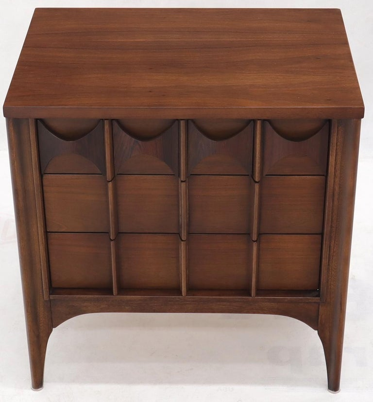 Pair of 3 Drawers Rosewood and Walnut End Side Table In Excellent Condition For Sale In Rockaway, NJ