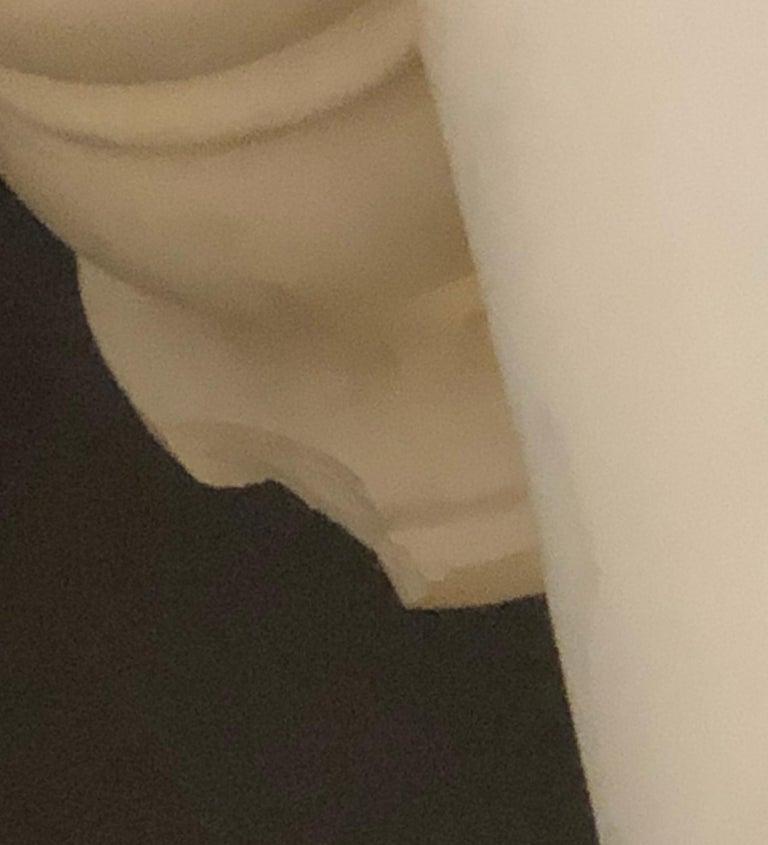 Pair of Columns Having Corinthian Carved Capitals Composite or Fiberglass For Sale 6