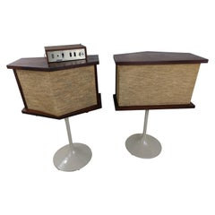Pair of 901 Bose Speakers on Saarinen Tulip Bases and Equalizer, 1968