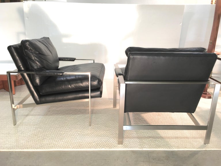 Pair of 951 Lounge Chairs by Milo Baughman for Thayer Coggin For Sale 11