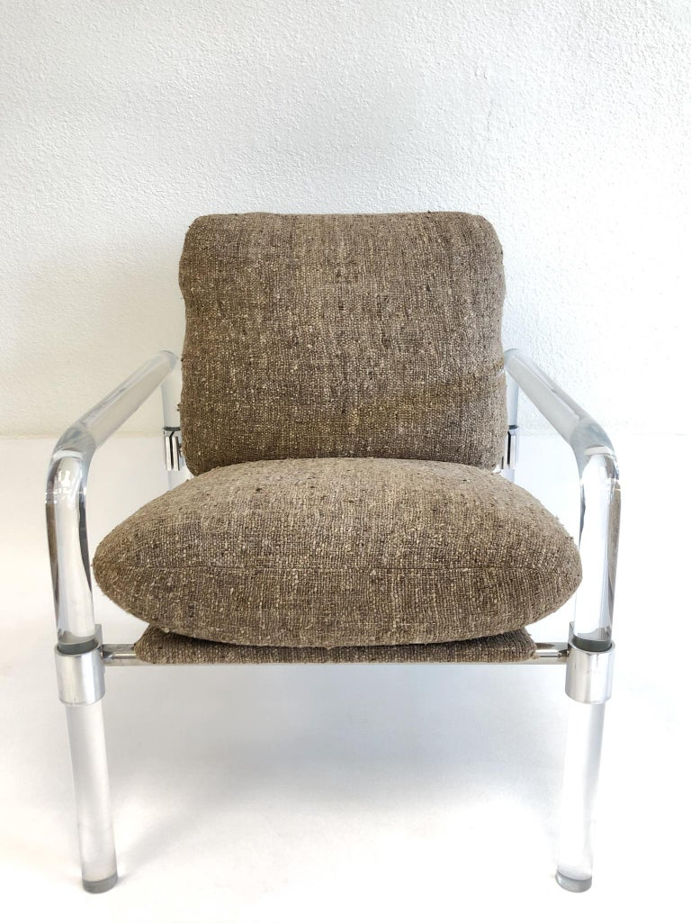 Pair of Acrylic and Chrome Lounge Chairs by Jeff Messerschmidt For Sale 3