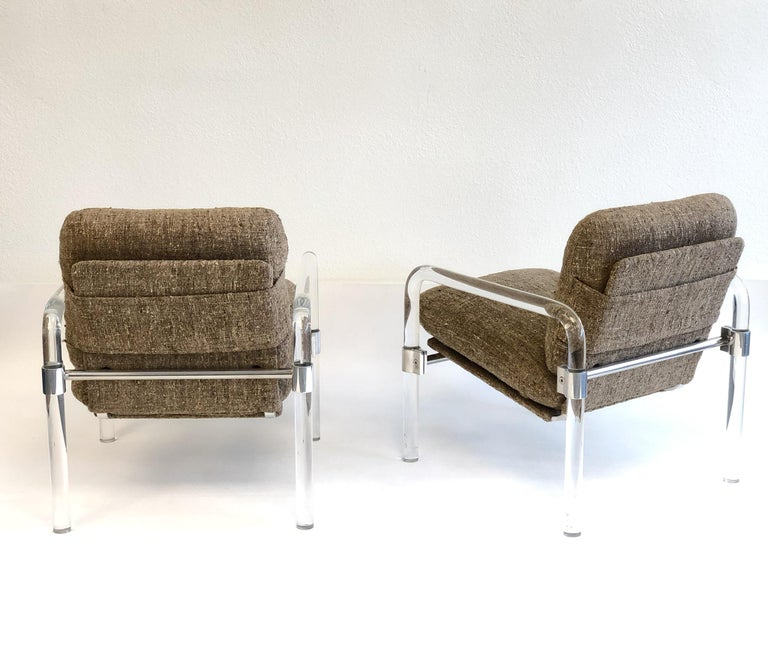 Polished Pair of Acrylic and Chrome Lounge Chairs by Jeff Messerschmidt For Sale