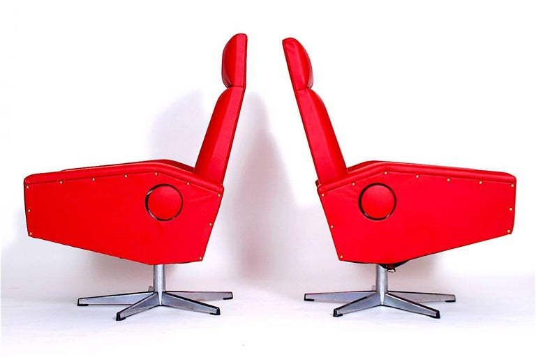 Czech Pair of Adjustable Armchairs For Sale
