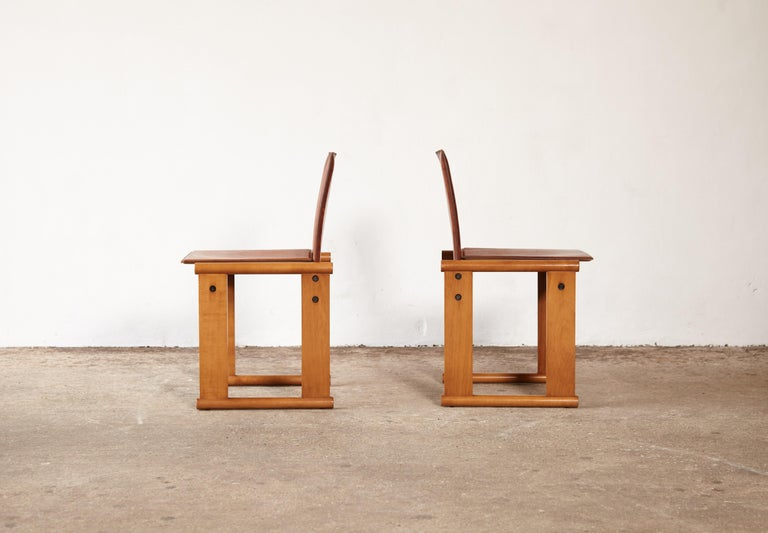 Pair of Afra & Tobia Scarpa Dining Chairs for Molteni, Italy, 1970s For Sale 1