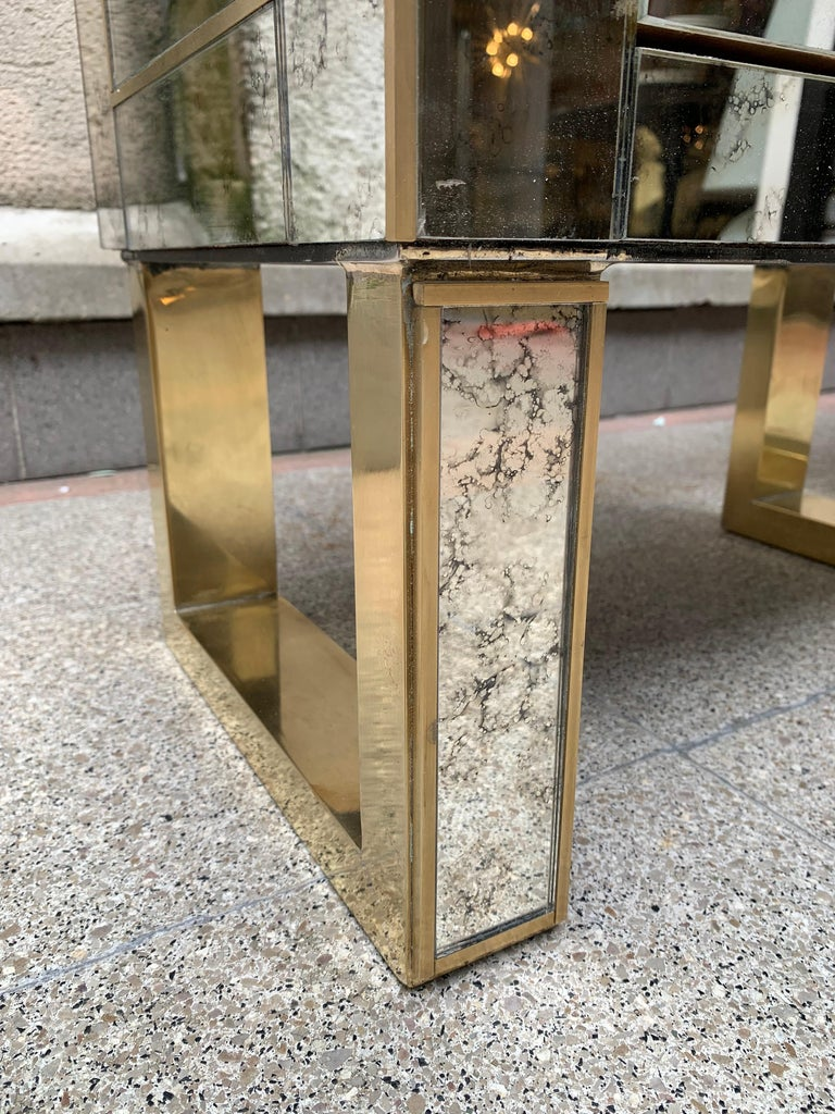 Art Deco Pair of Aged Mirror Bedside Tables Italian Work, circa 1980 For Sale