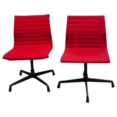 Pair of Aluminum Chair by Charles & Ray Eames for Herman Miller, 1980s