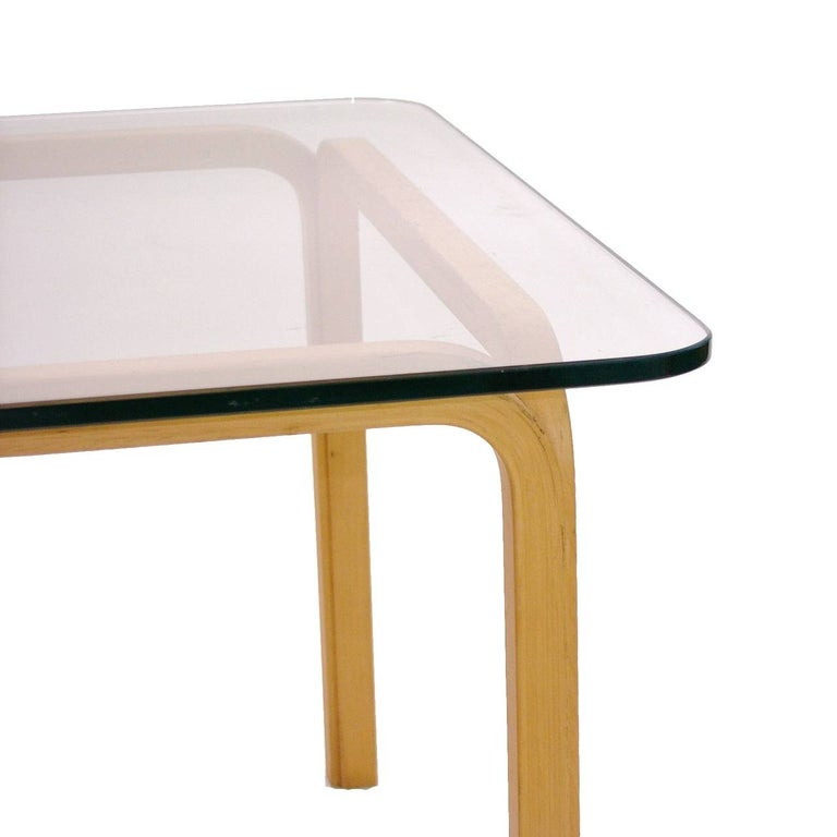 Finnish Pair of Alvar Aalto Artek Y805 Glass & Bentwood Birch Coffee or Cocktail Tables For Sale