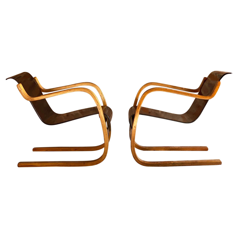 Pair of Alvar Aalto Model 31 Armchairs for Finmar Finland, circa 1930s