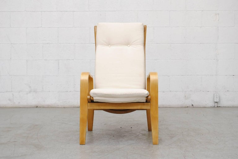 Mid-Century Modern Pair of Alvar Aalto Style Bent Plywood Lounge Chairs by Pastoe For Sale