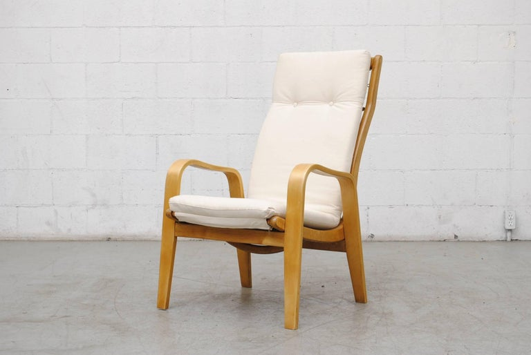 Dutch Pair of Alvar Aalto Style Bent Plywood Lounge Chairs by Pastoe For Sale