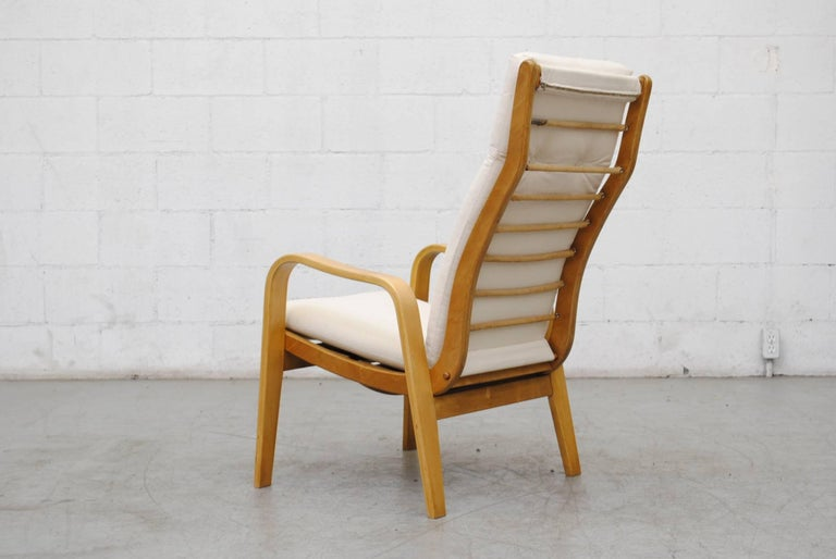 Mid-20th Century Pair of Alvar Aalto Style Bent Plywood Lounge Chairs by Pastoe For Sale