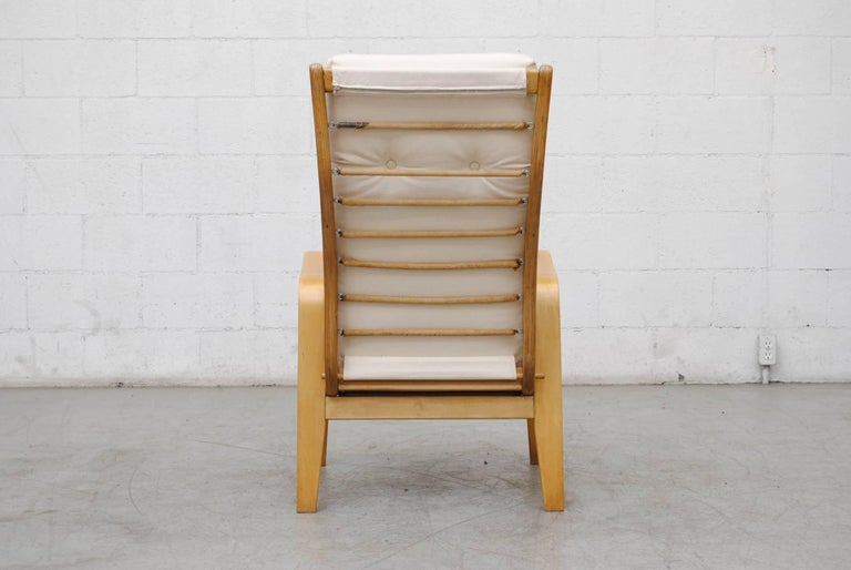 Birch Pair of Alvar Aalto Style Bent Plywood Lounge Chairs by Pastoe For Sale