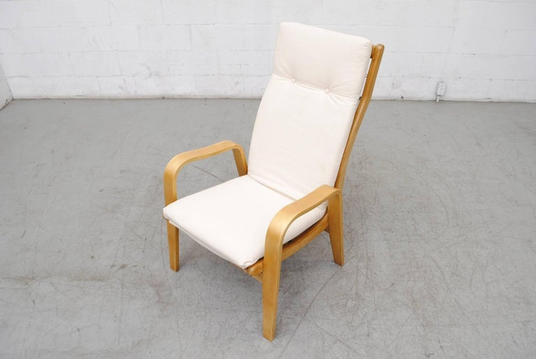 Pair of Alvar Aalto Style Bent Plywood Lounge Chairs by Pastoe For Sale 1
