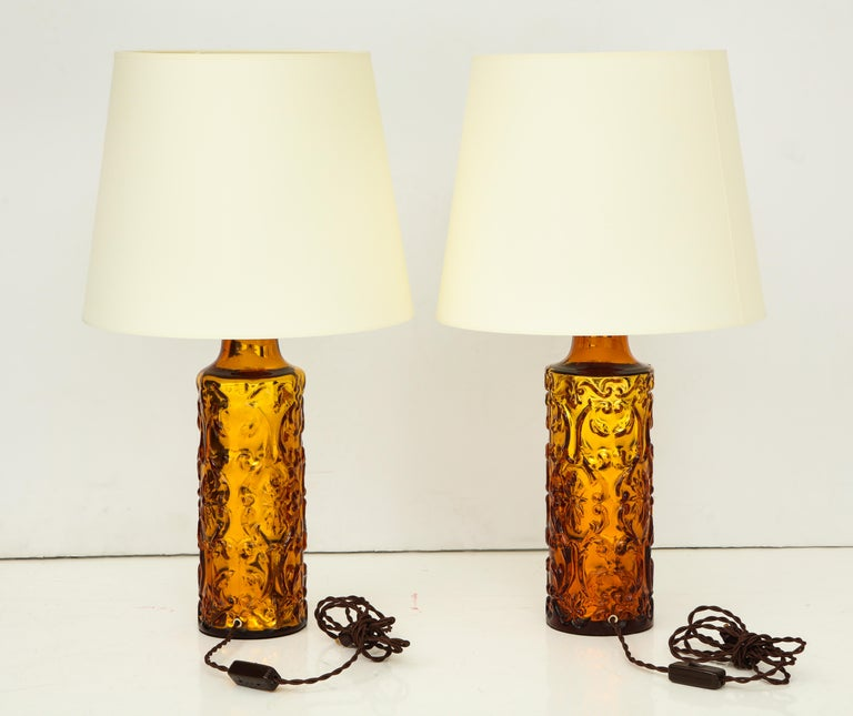 Pair of Amber Bitossi Lamps For Sale 5