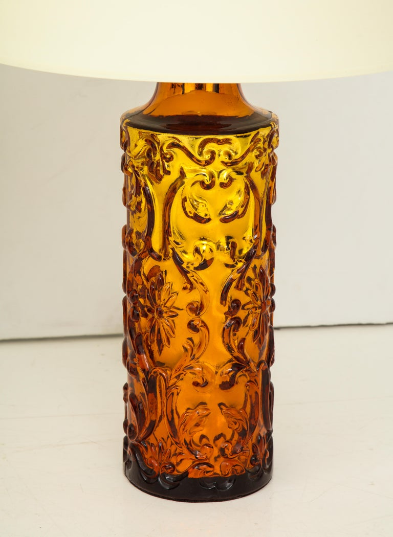 Italian Pair of Amber Bitossi Lamps For Sale