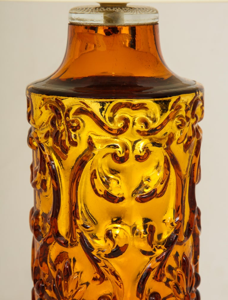 Late 20th Century Pair of Amber Bitossi Lamps For Sale
