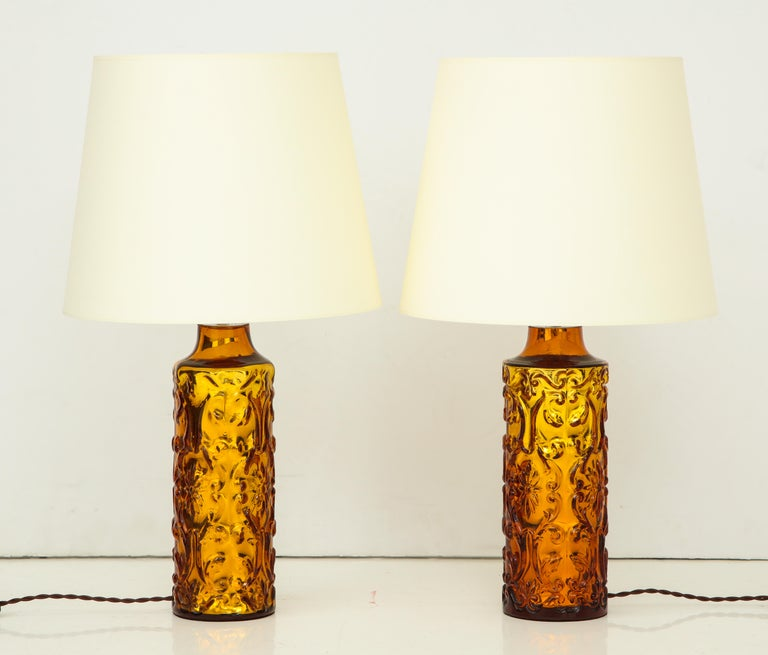 Pair of Amber Bitossi Lamps For Sale 3