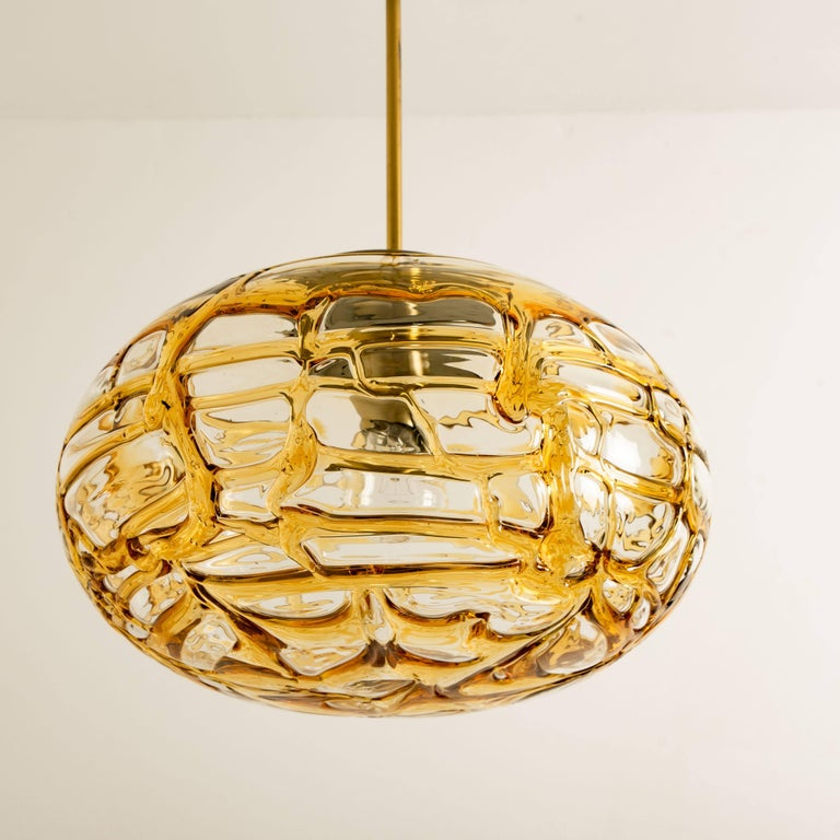 Mid-20th Century Pair of Amber Murano Glass Pendant Lamp, 1960s For Sale