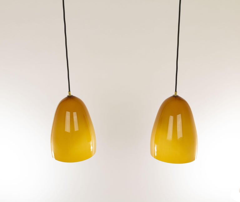 Mid-Century Modern Pair of Amber Murano Pendants by Massimo Vignelli for Venini, 1950s For Sale