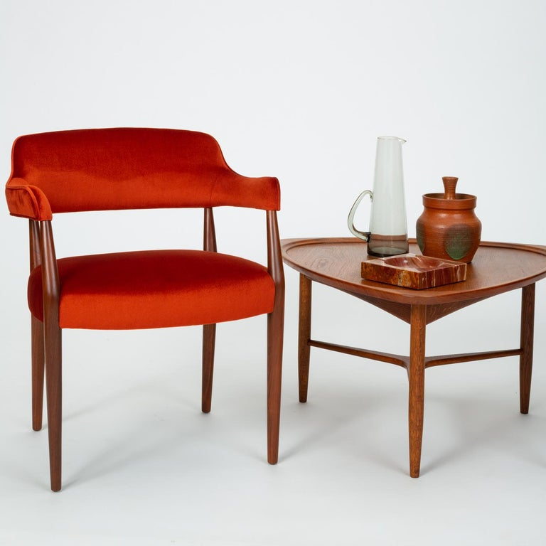 Pair of American-Made Armchairs by J.G. Furniture Company For Sale 6