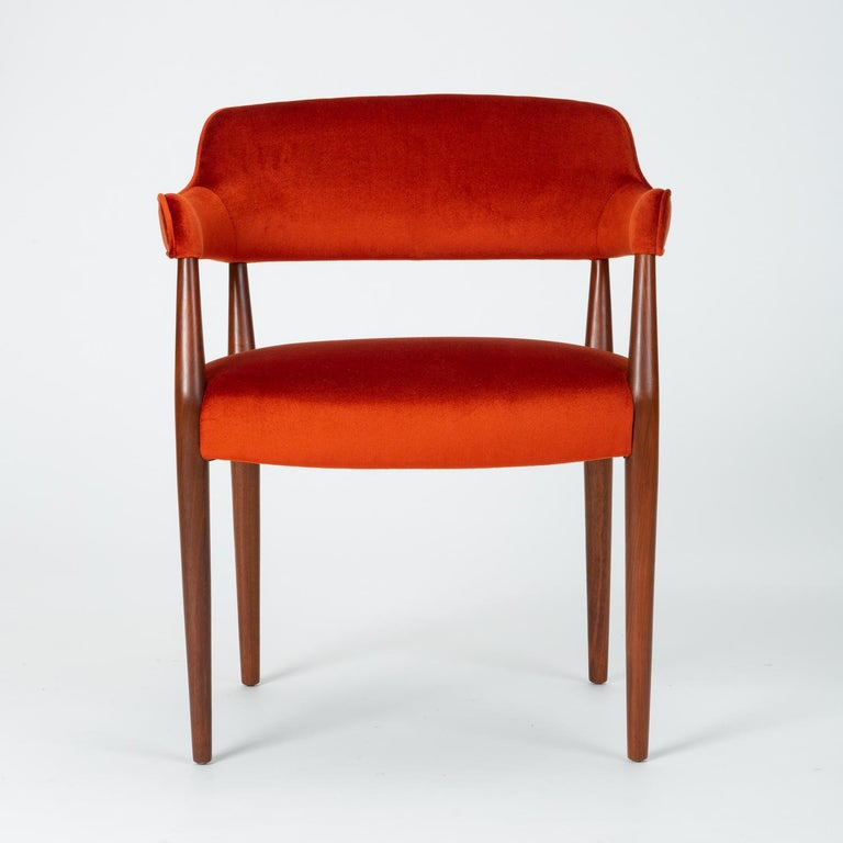 Scandinavian Modern Pair of American-Made Armchairs by J.G. Furniture Company For Sale