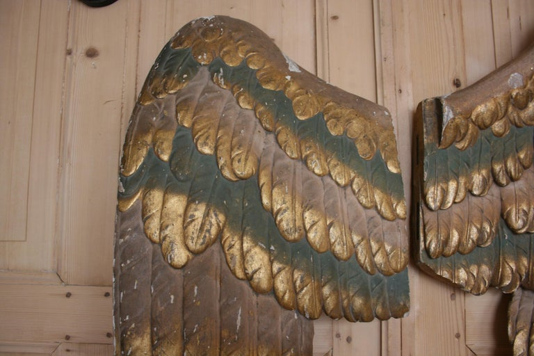 Pair of Antique Baroque Angel Wings, Hand Carved Wood and Giltwood For Sale 1