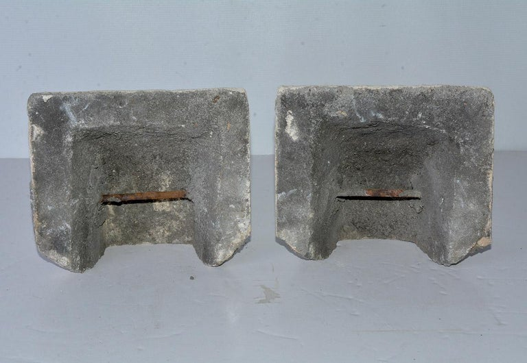 Pair of Antique Cast Stone Corbels In Good Condition For Sale In Great Barrington, MA