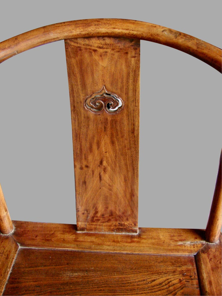19th Century Pair of Antique Chinese Horseshoe Back Elm Armchairs For Sale