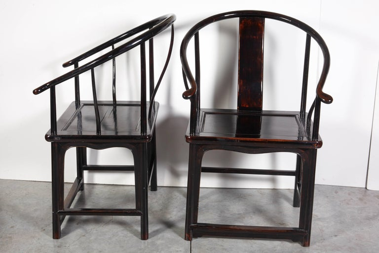 Wood Pair of Antique Chinese Lacquer Horseshoe Back Chairs For Sale