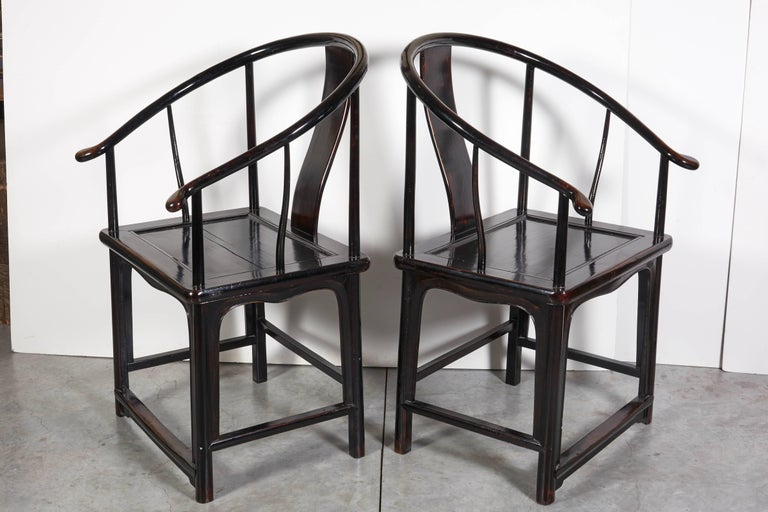 Pair of Antique Chinese Lacquer Horseshoe Back Chairs For Sale 1