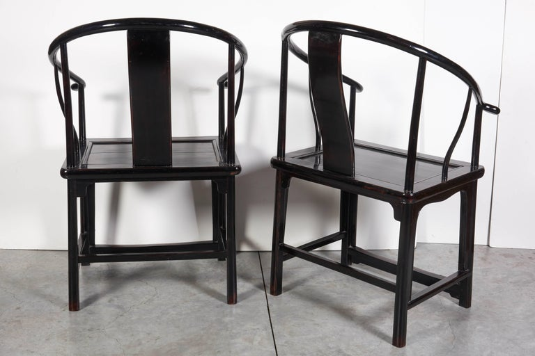 Pair of Antique Chinese Lacquer Horseshoe Back Chairs For Sale 2