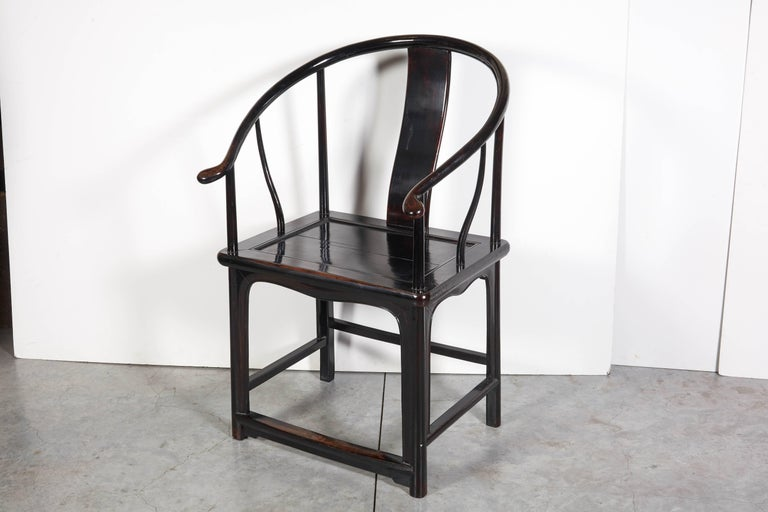 Pair of Antique Chinese Lacquer Horseshoe Back Chairs For Sale 4