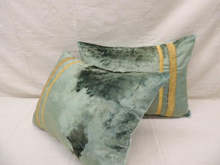 French Pair of Antique Crushed Velvet Green and Gold Bolsters Decorative Pillows For Sale